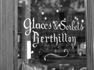 berthillon,peinture,werbeschrift,paris,reisefotografie,streetphotography